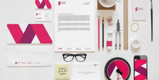 Esempi di cordinati per Brand Identity aziendale: biglietti da visita, carta intestata, gadget