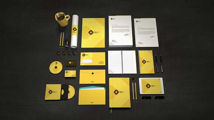 Tutta la serie di coordinati brandizzati con logo Aziendale